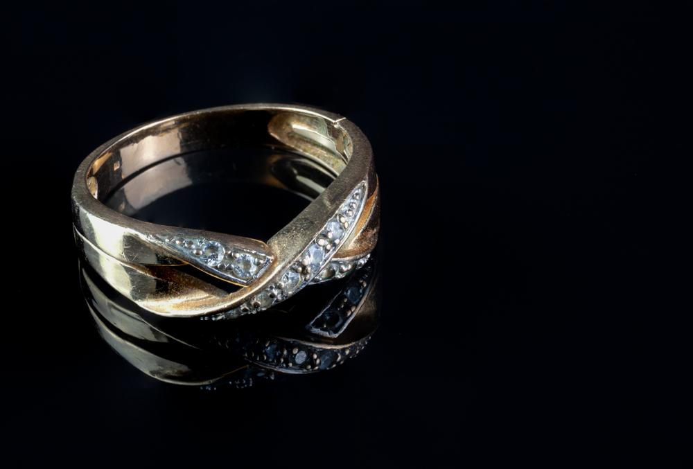 verkoop gouden sieraden